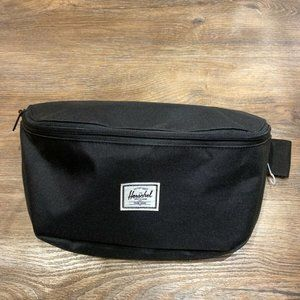 Herschel Supply Co Sixteen Black Fanny Pack